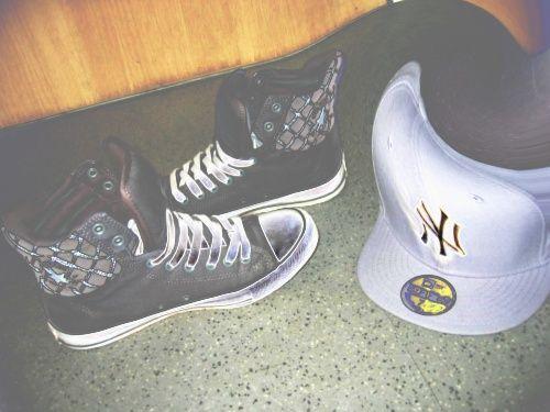 Converse & Cape