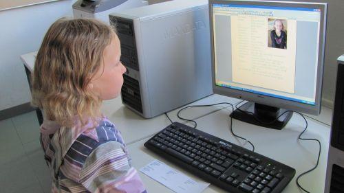 Zeitung - Computerraum